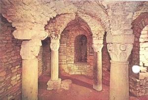 The Carolingian crypt
